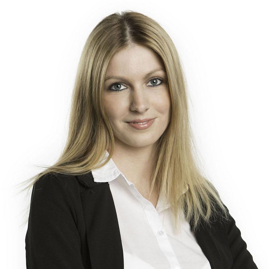 Klára Bařtipánová - Office Manager